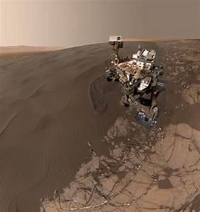Mars Rover Sandy Selfie - GalaxyMonitor.com