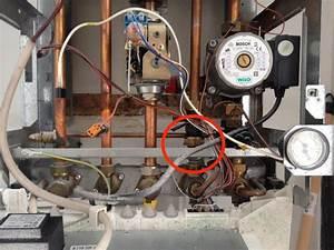 Comment Changer Une Chaudiere A Gaz : fuite chaudi re gaz elm leblanc acleis ~ Premium-room.com Idées de Décoration
