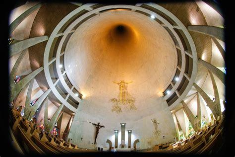 Catedral de Maringá: arquitetura é destaque em revista