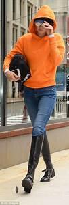 Gigi Hadid struts around New York in riding boots | Daily ...