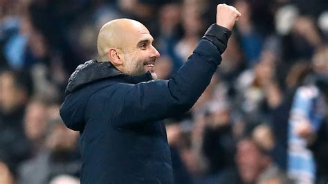 Novo zagueiro do Manchester City entra para seleção dos ...