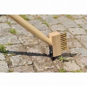 Produit Pour Nettoyer Terrasse En Bois : brosse de jardin pour nettoyer les joints de vos dalles de ~ Zukunftsfamilie.com Idées de Décoration