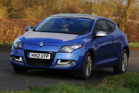 renault megane 2013 2013 renault megane coupe pictures auto express