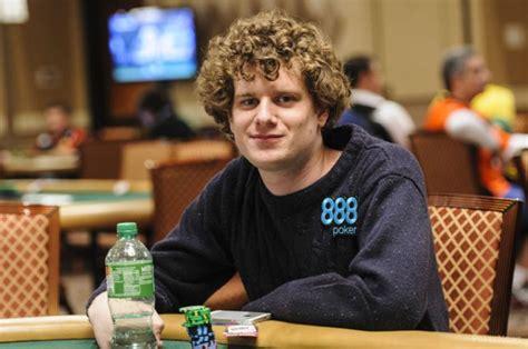 Sam Holden Announces Semi-retirement From Poker To Pursue