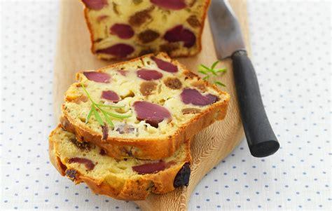 le gaulois cake aux gesiers de volaille confits chevre