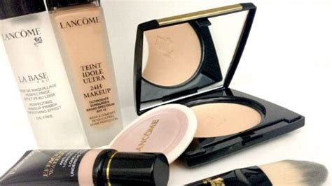 Woman Sues Make Up Company for False Advertising - ABC News