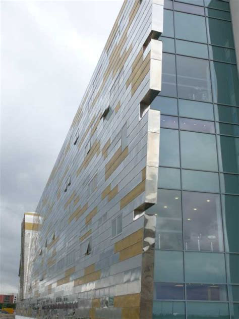 middlehaven campus teesside university building england