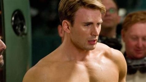 Captain America' Chris Evans leaked a nude picture ...