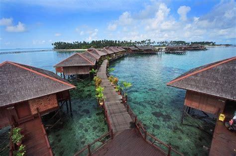 Mabul Island, Sabah, Malaysiatropical Beach Getaways