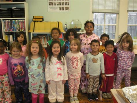 photo gallery the montessori school of new york 428 | Preschool Pajama Day