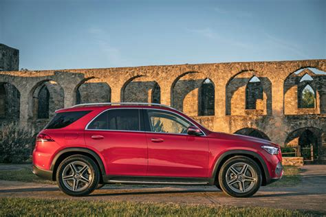 Amg gle 63 s 4matic+ suv build. 2019 Mercedes-Benz GLE-Class SUV: Review, Price, New Interior Features, Exterior Design, and ...
