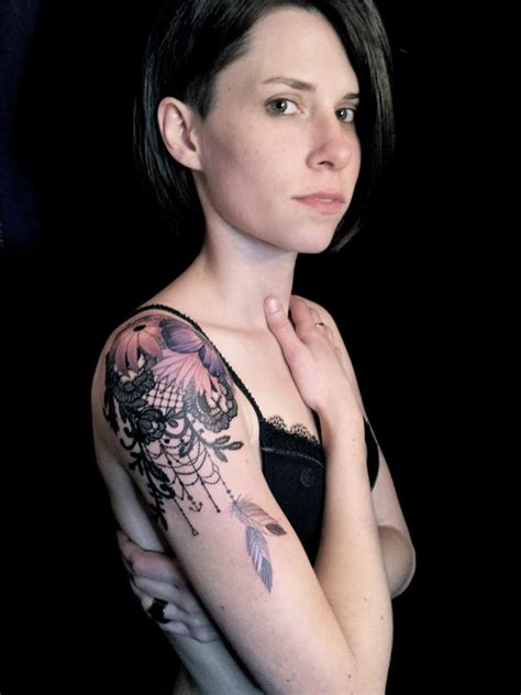 dodie tatoueuse tatouage dentelle lyon poup 233 es de chiffons