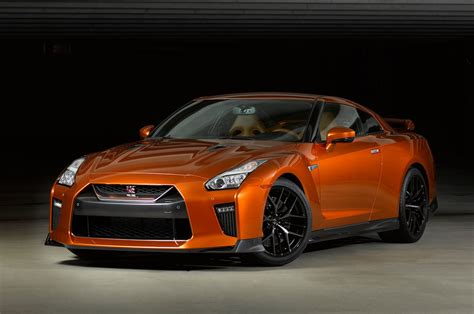2017 Nissan Gt-r First Look Review