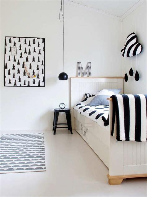 deco chambre noir et blanc 10 monochrome rooms tinyme