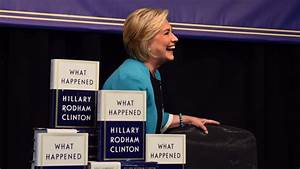 New York crowd cheers Hillary Clinton at book signing ...