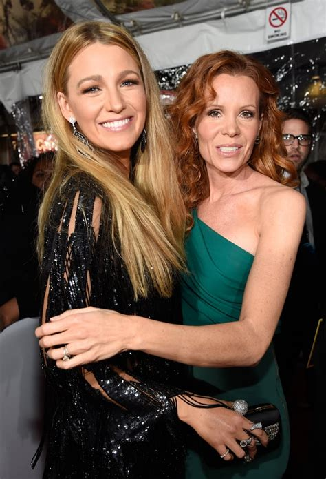 Blake and Robyn Lively at the 2017 People's Choice Awards ...