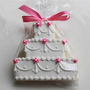 floral swag wedding cake cookie favors cookie favors With wedding cake cookie favors