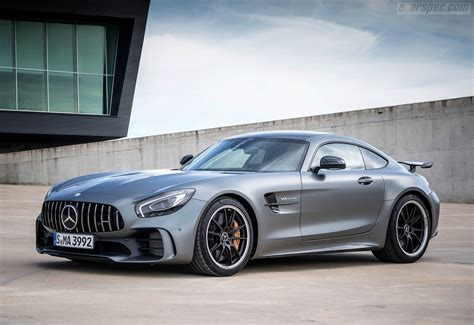 The sls amg gt is an incredibly fast and rare supercar that harkens back to the gullwings of yore. 2017 Mercedes-Benz AMG GT - R Coupé | Classic Driver Market