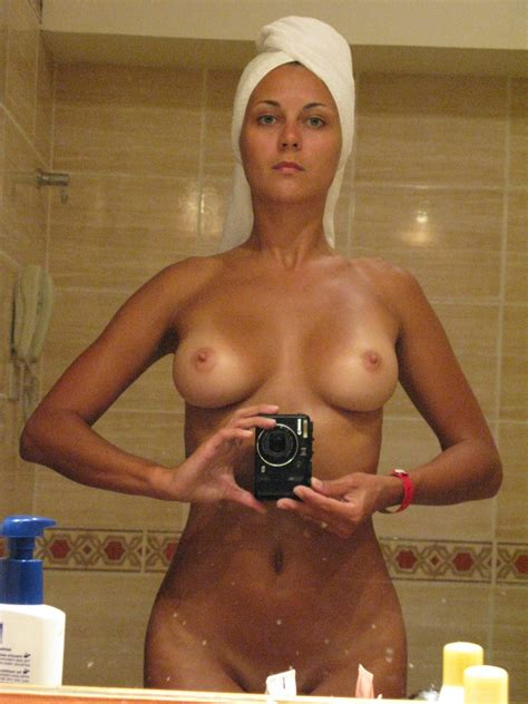 Nouveau Dossier Untitled68  In Gallery Perfect Body Nude And Topless On Beach Vacations