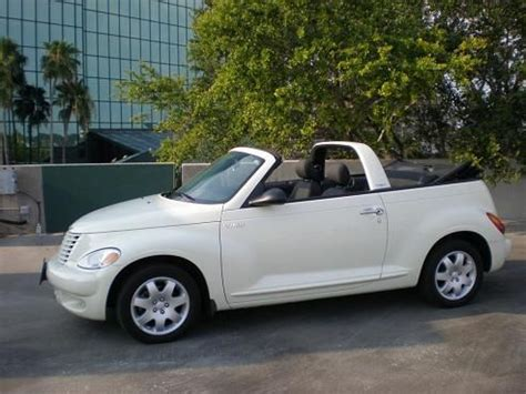 chrysler pt cruiser cabrio chrysler pt cruiser cabriolet car white convertible o yea pt s