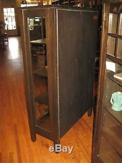 Stickley Brothers Mission Oak 2 Door China Cabinet #968