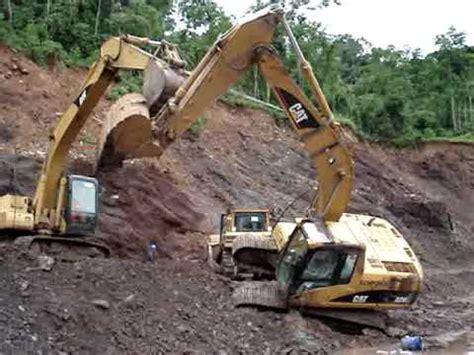 excavadora hidraulica caida nunca antes visto youtube