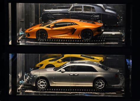 voiture 3 si es b a singapour un distributeur automatique de voitures de luxe