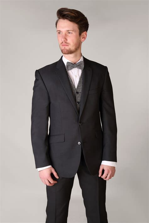 Charcoal Grey by Charcoal Grey Gibson 3 Suit With Contrast