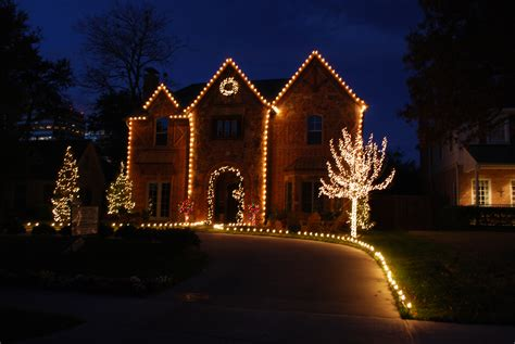 Christmas Light Installations In Dallas, Park Cities