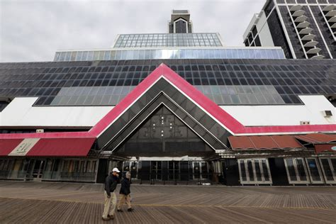 trump plaza   imploded focus gaming news