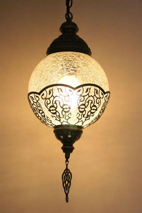 MEDIUM TURKISH OTTOMAN MOROCCAN CRAQUELURE GLASS ROUND