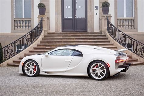 Manny khoshbin will be talking delivery of his 1 of 1 bugatti chiron hermes edition in a few weeks according to manny, the chiron hermes edition project began in 2015, when he made the first. Bugatti Chiron Hermès Edition: el exquisito gusto de Manny Khoshbin