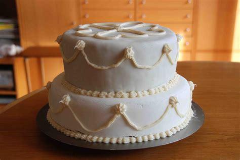 Besondere Anlässe 1 » Meine Erste Torte Mit Rollfondant