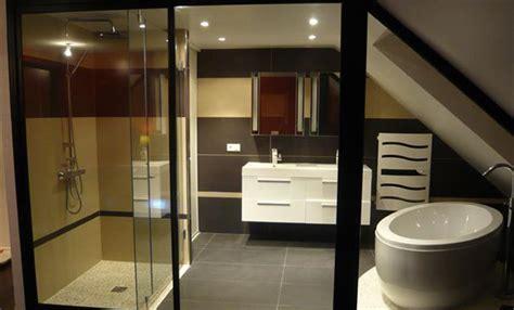 salle de bain dans chambre sous comble davaus chambre avec salle de bain sous comble avec