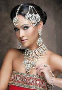 bridesmaid earrings and bracelet sets trends hairstyles indian hairstyles sleek stylish