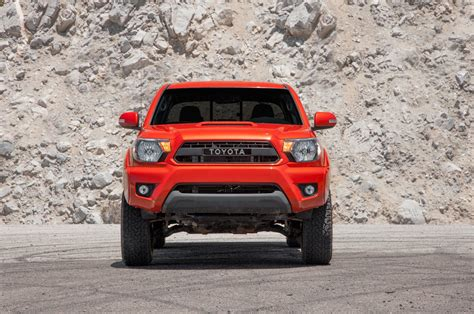 Tacoma is unchanged for 2015, although there is a new tacoma trd pro model available. Toyota Tacoma TRD Pro 2015 supercargada: Primera Prueba