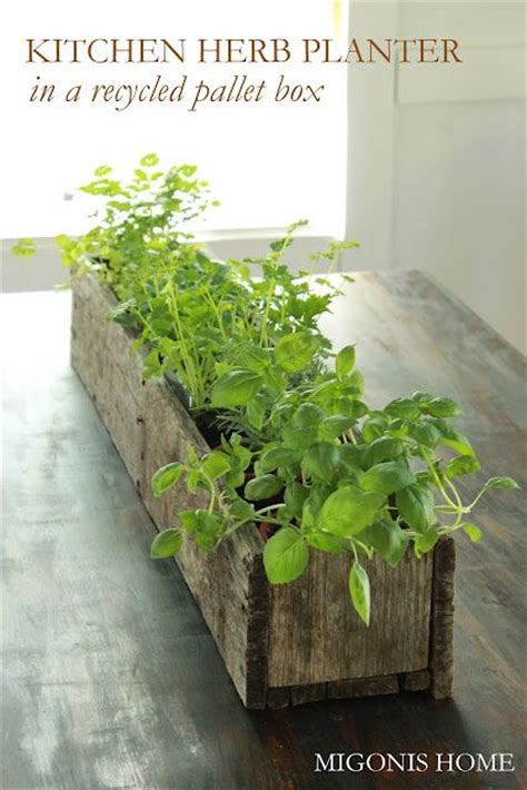 Window Sill Herb Garden Box by Diy Pallet Flower Box Gardens Planters And Herbs Garden