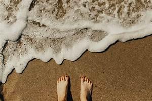 Natural Remedy Guide  Does Ocean Water Kill Toenail Fungus