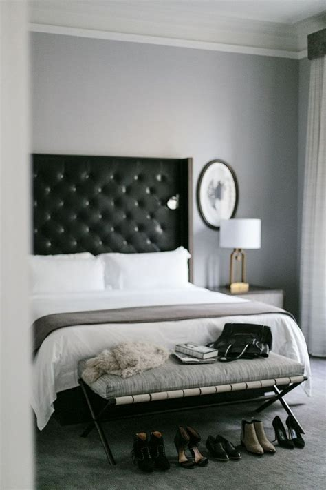 Bedroom Ideas With Headboard by 25 Best Ideas About Black Headboard On Black