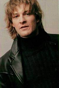 1000+ images about sean bean on Pinterest | Distressed ...