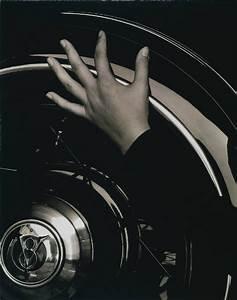 Temple of Light ::..: Alfred Stieglitz photographs of Georgia O'keefe's hands: