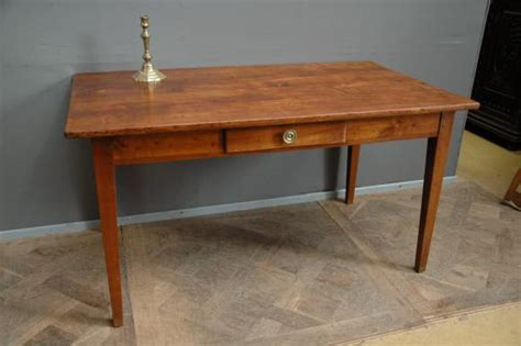 table de bureau but table bureau directoire en merisier xixeme