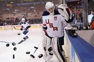 U.S. men's hockey team will stand with women in World ...