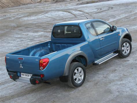 Mitsubishi L200 Club Cab (2007) - picture 11 of 15