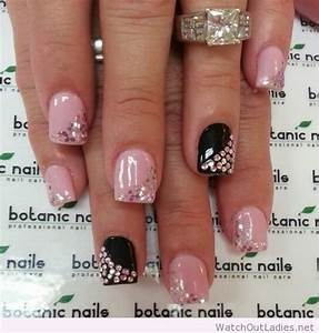 Botanic nails light pink, black, glitter tips – Watch out ...