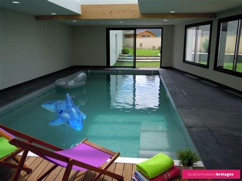 bureau avec rangement int馮r maison avec piscine interieure 28 images tout savoir sur la maison avec piscine int 233 rieure ban de laveline entre vosges alsace maison