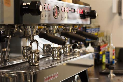 The authentic stove top atomic® coffee machine by giordano robbiati, hand crafted in italy after world war ii. Atomic Coffee Bar - West Coast style drive-thru coffee ...