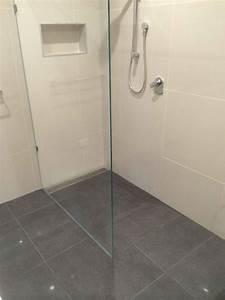Walk in showers specialist melbourne master bathrooms for Bathroom specialists melbourne