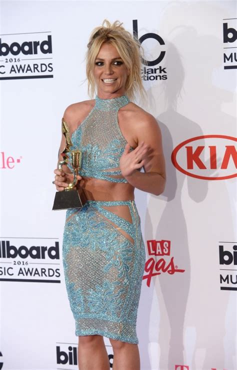 Britney Spears shares old photo with Justin Timberlake on ...