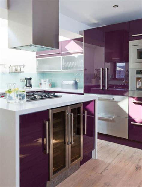 meuble de cuisine aubergine cuisine violette 12 idées de déco pour une cuisine violette